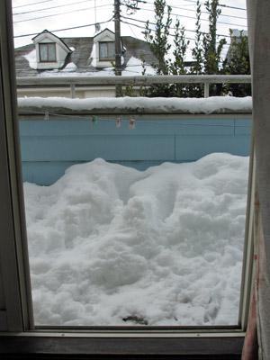 ベランダの積雪