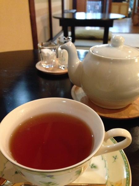 ウィスキー風味の紅茶