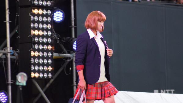 日本ハム女装1