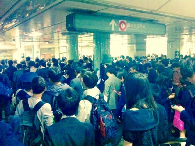 【巨大地震】東京・首都直下型地震が発生すれば「70万人」が行き場を失う…帰宅困難者は800万人に