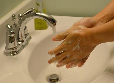 【バイ菌】トイレの後の「手洗い」は本当に必要か?