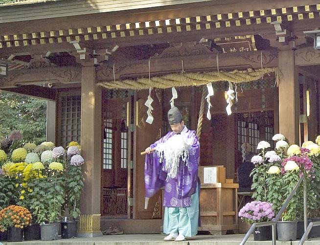 【阿蘇神社】「阿蘇よ鎮まれ」…火口静謐祈願祭