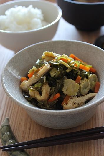 うち豆と切り昆布の煮もの1
