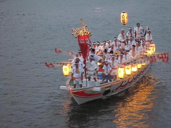 天神祭の船