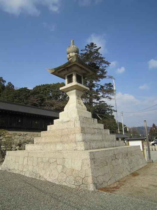 安政の大石灯篭吉備津彦神社