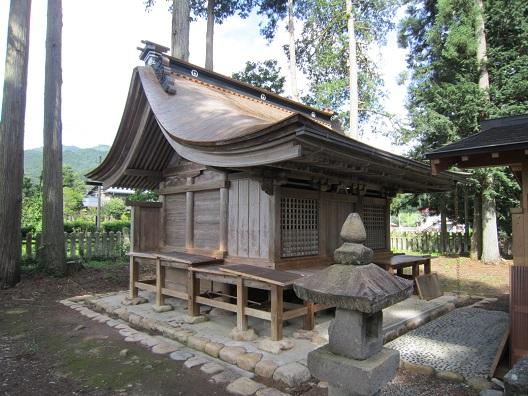 荒城神社本殿