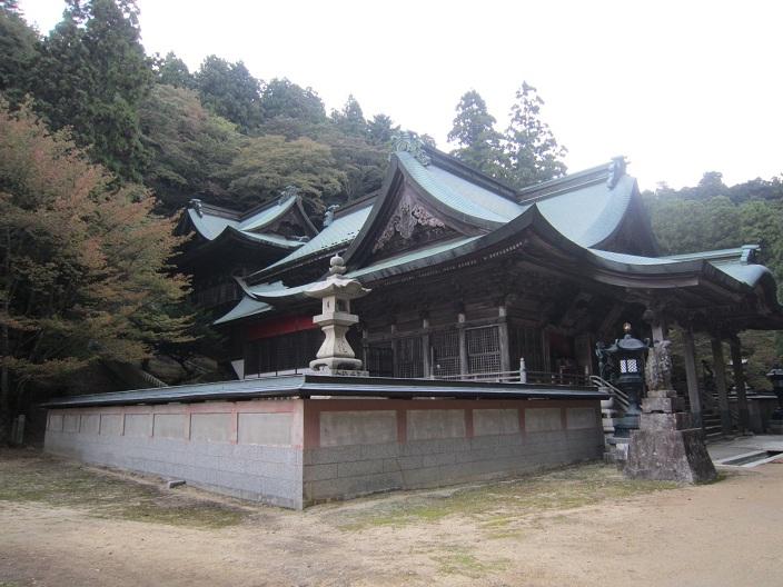箸蔵寺本殿