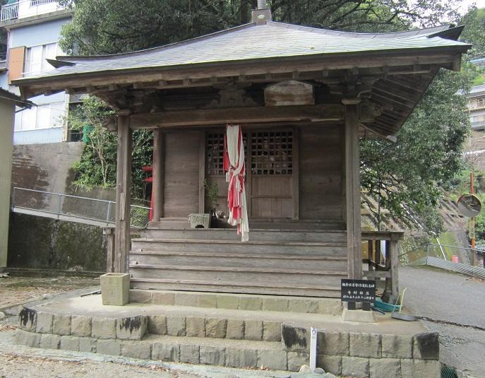 寺村観音堂