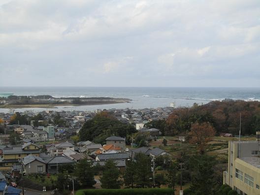 龍翔館からの日本海