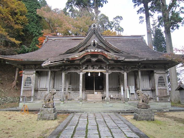 名草神社本殿
