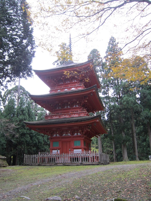 名草神社三重塔