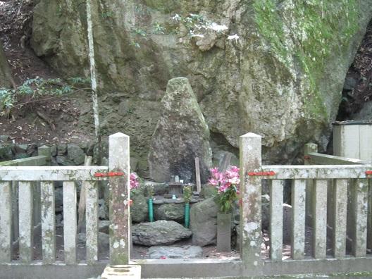 吉村寅太郎の墓