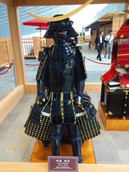 羽田空港に鎧が・・・