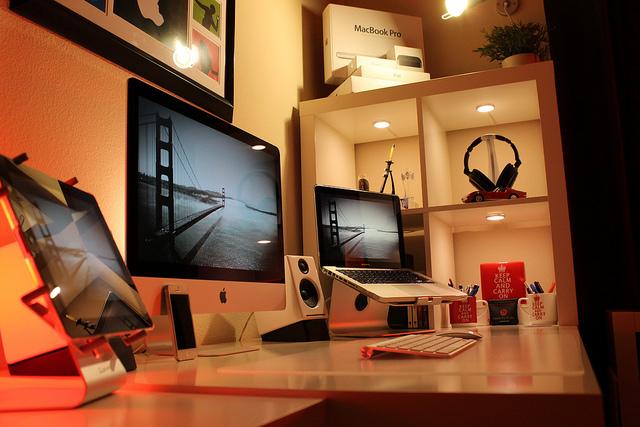 Desktop_Mac3_23.jpg
