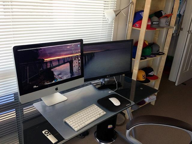Desktop_Mac3_24.jpg