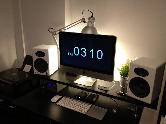 Desktop_Mac3_79.jpg