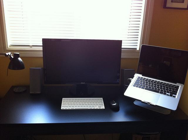 Desktop_Mac3_94.jpg