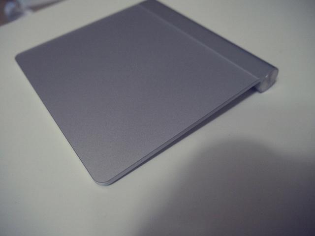 MagicTrackpad+Palmrest_02.jpg