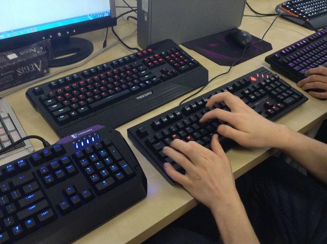 Mechanical_Keyboard13_01.jpg